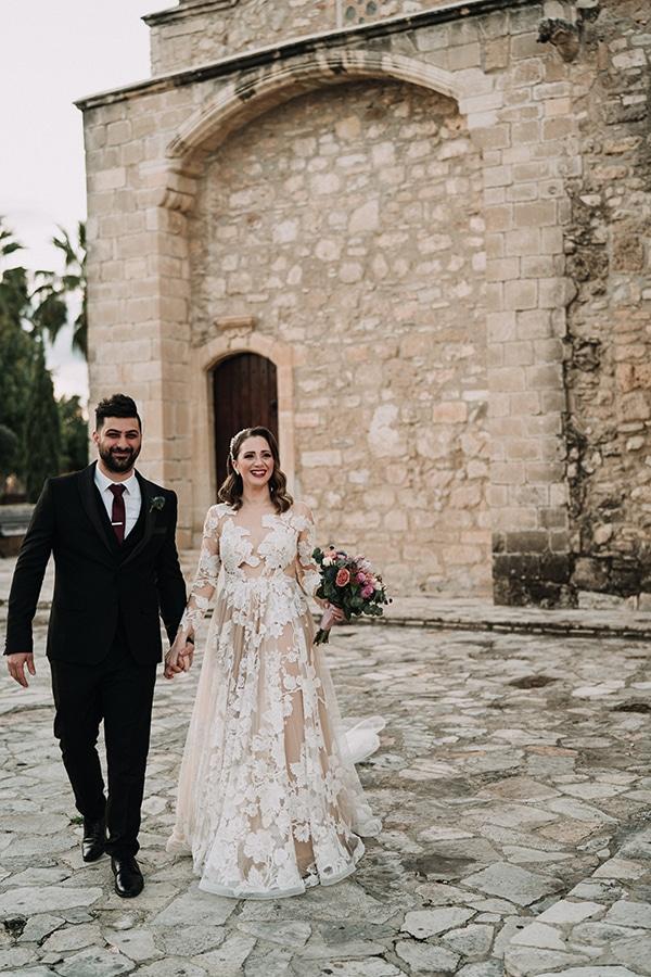 beautiful-winter-wedding-larnaca-pastel-hues_17