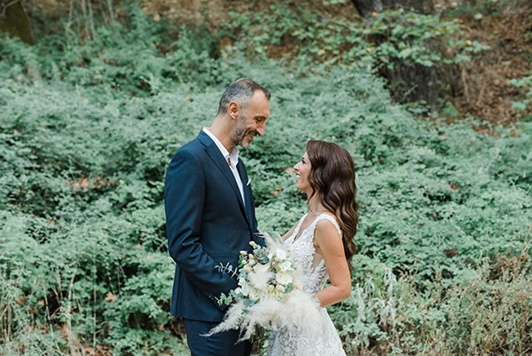 boho-inspired-fall-wedding-greece-ivory-roses_01