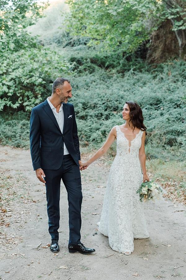 boho-inspired-fall-wedding-greece-ivory-roses_01x