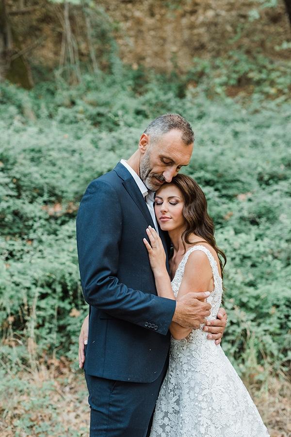 boho-inspired-fall-wedding-greece-ivory-roses_02