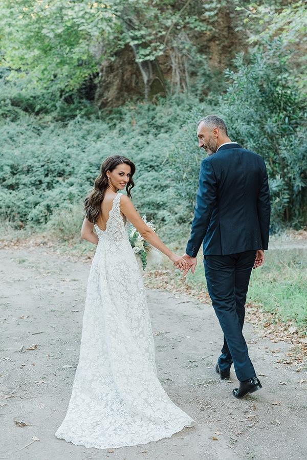 boho-inspired-fall-wedding-greece-ivory-roses_06