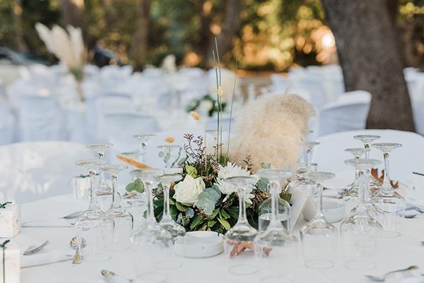 boho-inspired-fall-wedding-greece-ivory-roses_21