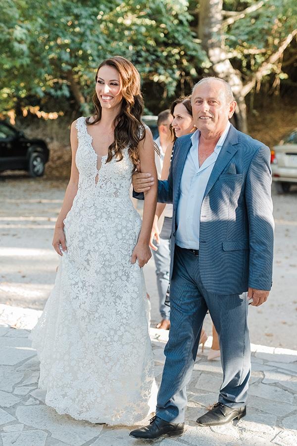 boho-inspired-fall-wedding-greece-ivory-roses_25