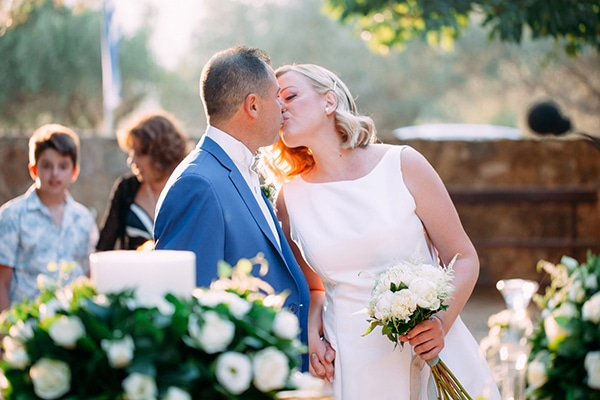 Minimal outdoor wedding in Athens with white roses and peonies │ Alexandra & Christos