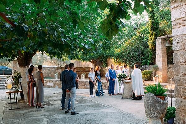 minimal-outdoor-wedding-athens-white-roses-peonies_11