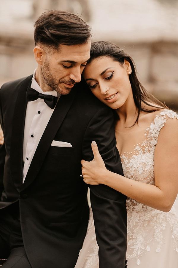 romantic-fall-wedding-athens_05x