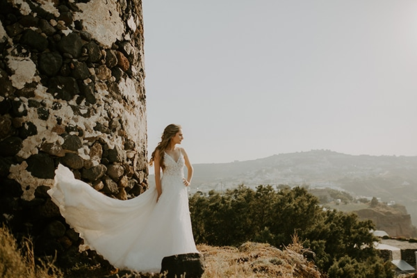 ultra-romantic-wedding-limassol-hydrangeas-fairylights_01x