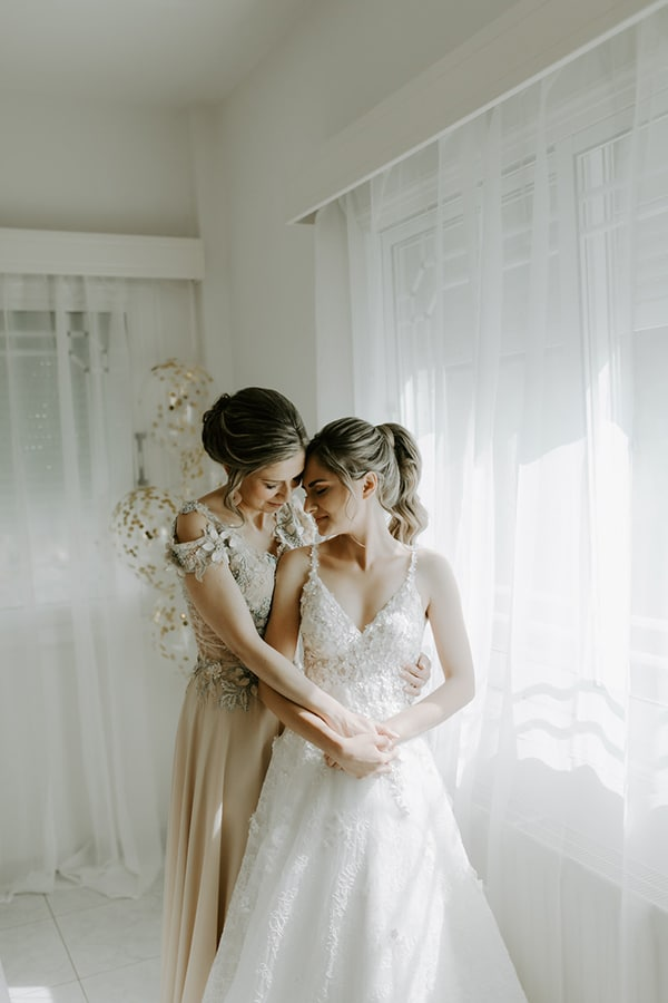 ultra-romantic-wedding-limassol-hydrangeas-fairylights_04