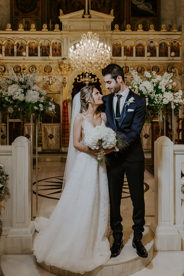 ultra-romantic-wedding-limassol-hydrangeas-fairylights_24x
