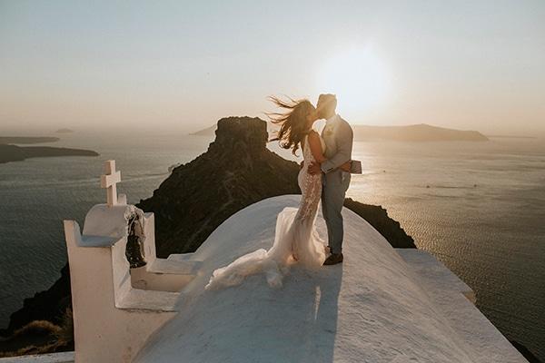 autumn-fairytale-wedding-santorini-island-most-dreamy-views_39