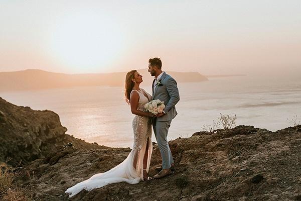 autumn-fairytale-wedding-santorini-island-most-dreamy-views_40