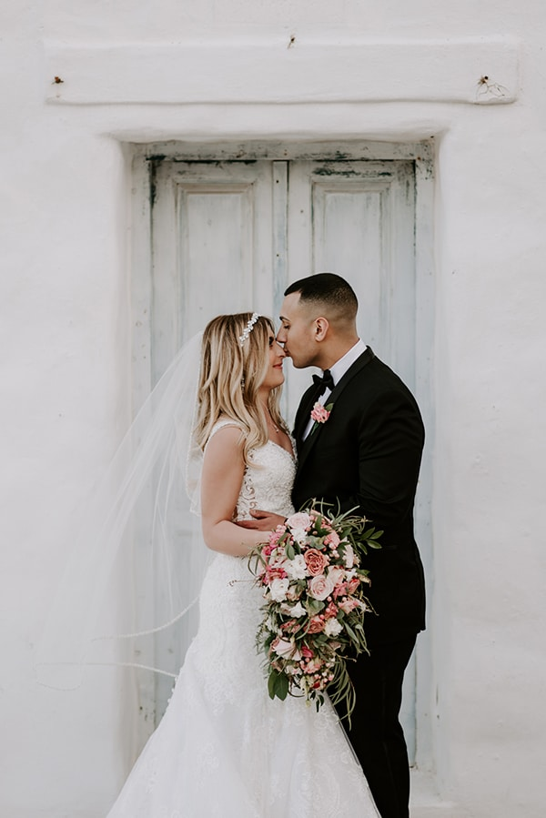 gorgeous-wedding-athens-whimsical-pastel-blooms_03