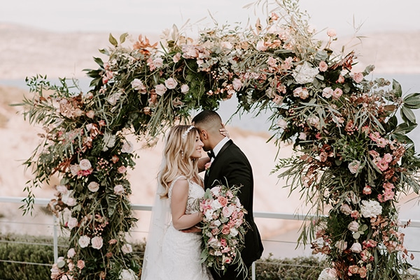 gorgeous-wedding-athens-whimsical-pastel-blooms_28
