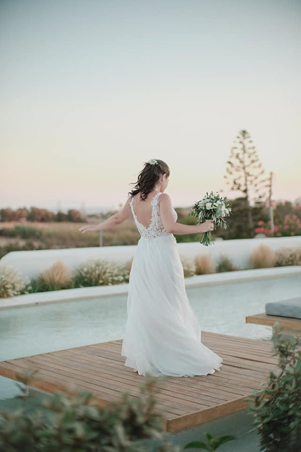inspiring-destination-beach-wedding-naxos-bohemian-details_07x