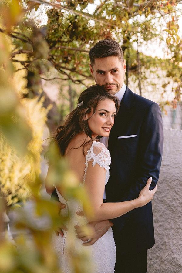 romantic-fall-wedding-athens-white-coral-hues_03