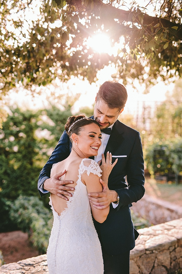 romantic-fall-wedding-athens-white-coral-hues_45