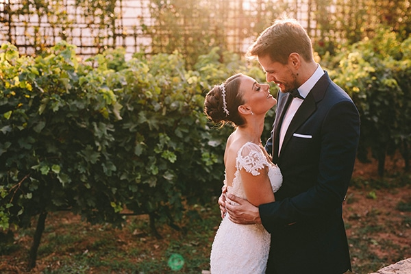 romantic-fall-wedding-athens-white-coral-hues_46