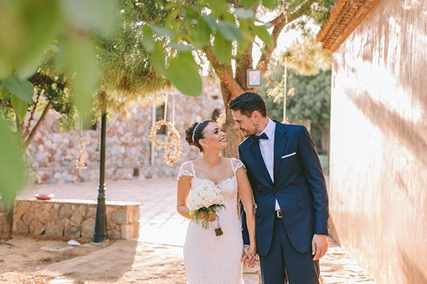 romantic-fall-wedding-athens-white-coral-hues_48