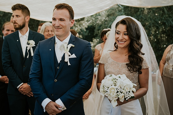 traditional-summer-wedding-crete-callas-peonies_01