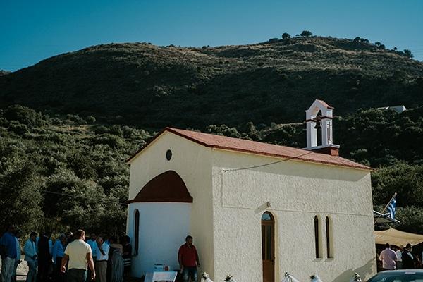 traditional-summer-wedding-crete-callas-peonies_06