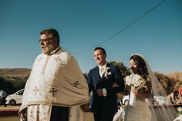 traditional-summer-wedding-crete-callas-peonies_09