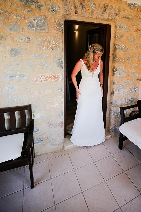 blue-white-wedding-awe-inspiring-mani_09x