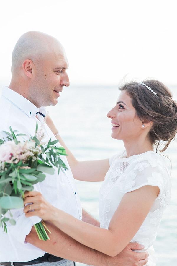 romantic-beach-elopement-Lefkada-island_08