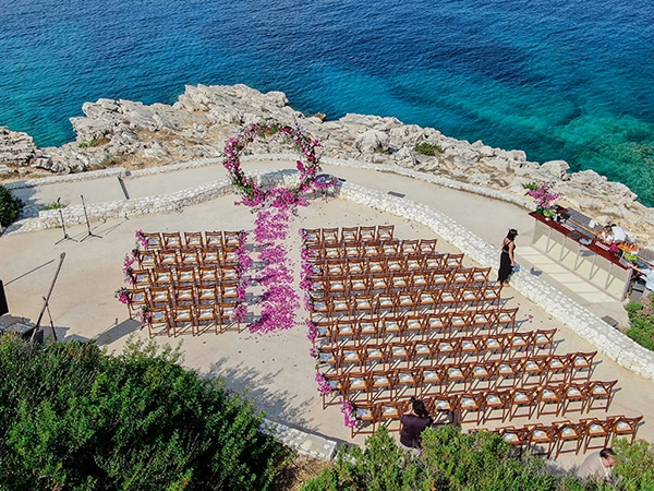 romantic-summer-wedding-kefalonia-bougainvillea_04x
