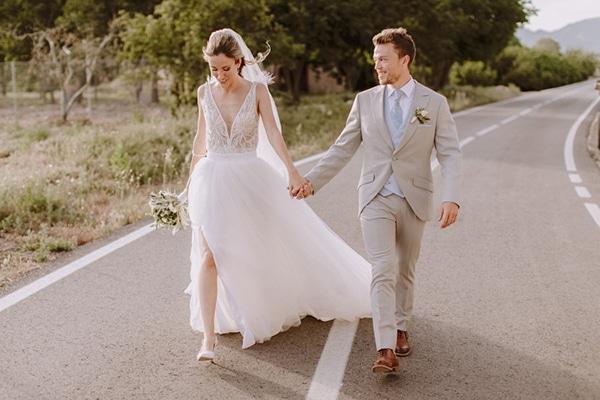 rustic-chic-wedding-spain-earthy-tones_02