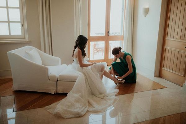 ultimate-romantic-wedding-anassa-hotel-lush-blooms-dusty-blue-tones_07