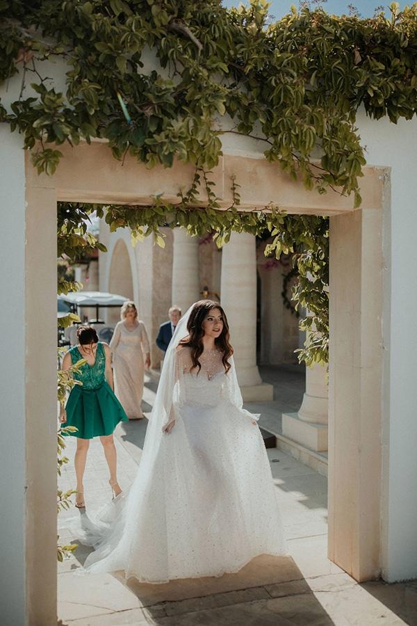 ultimate-romantic-wedding-anassa-hotel-lush-blooms-dusty-blue-tones_19