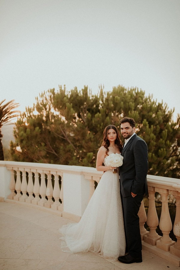 ultimate-romantic-wedding-anassa-hotel-lush-blooms-dusty-blue-tones_43