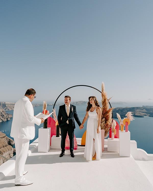 utterly-romantic-elopement-santorini-modern-details_08x