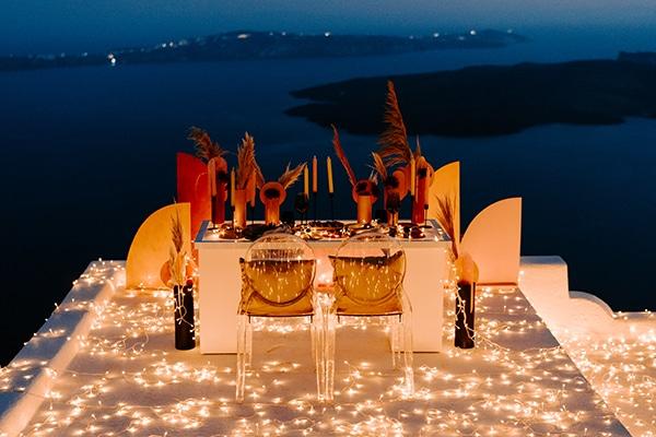 utterly-romantic-elopement-santorini-modern-details_22x