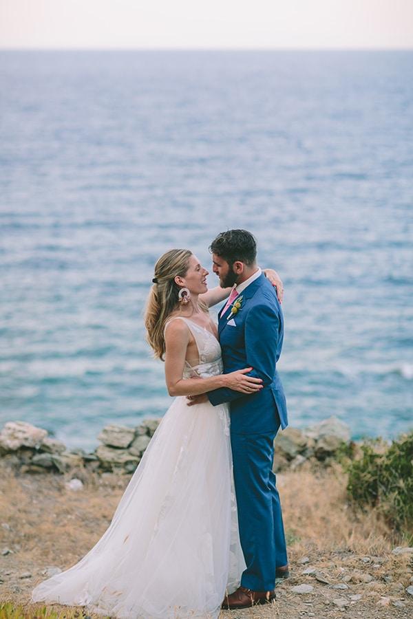 dreamy-destination-wedding-greece-vibrant-pops-bougainvillea-blossoms_01x