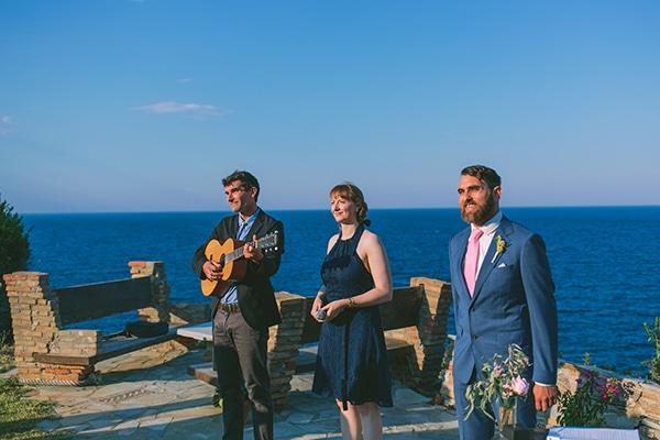 dreamy-destination-wedding-greece-vibrant-pops-bougainvillea-blossoms_14x