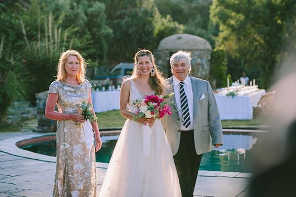 dreamy-destination-wedding-greece-vibrant-pops-bougainvillea-blossoms_16