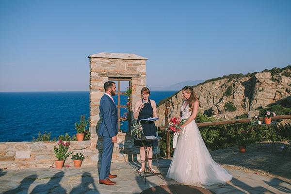 dreamy-destination-wedding-greece-vibrant-pops-bougainvillea-blossoms_18
