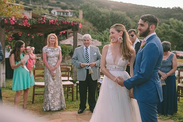 dreamy-destination-wedding-greece-vibrant-pops-bougainvillea-blossoms_22