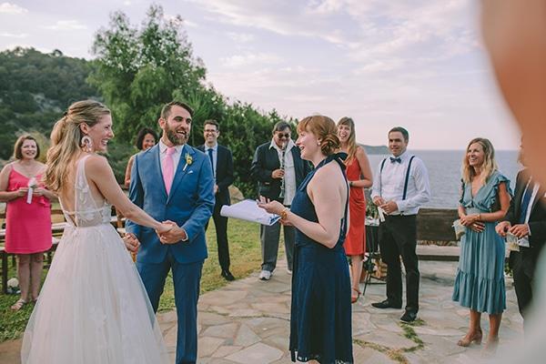 dreamy-destination-wedding-greece-vibrant-pops-bougainvillea-blossoms_25