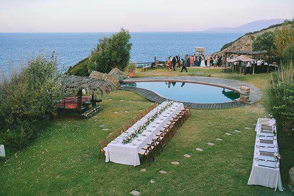 dreamy-destination-wedding-greece-vibrant-pops-bougainvillea-blossoms_28