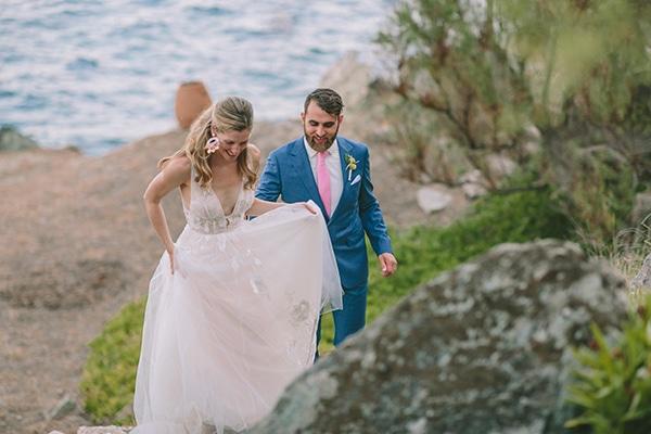 dreamy-destination-wedding-greece-vibrant-pops-bougainvillea-blossoms_33