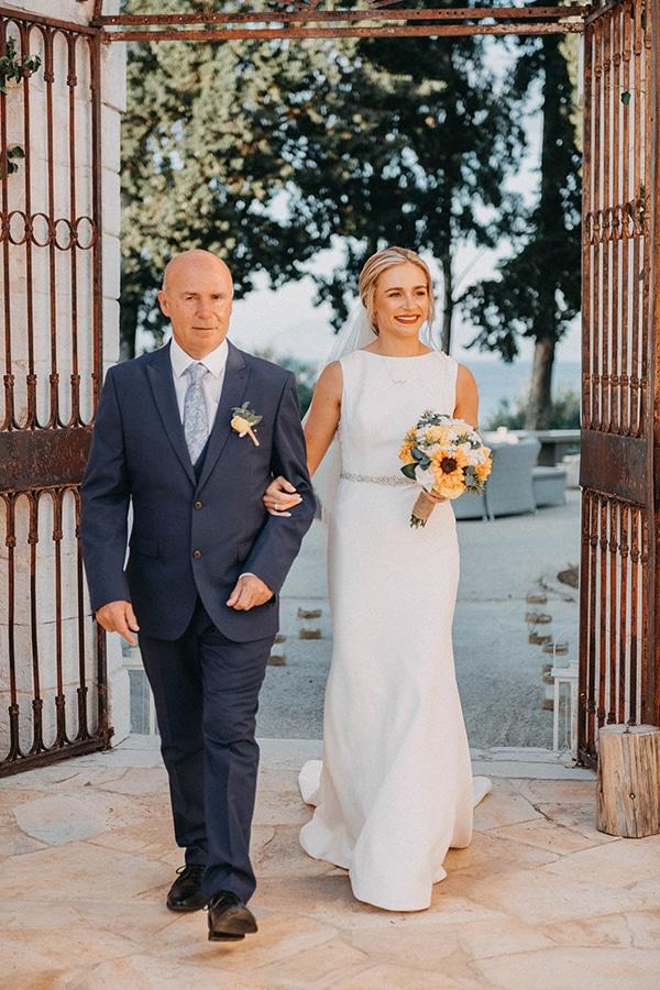 intimate-destination-wedding-corfu-sunflowers-rustic--flair_16