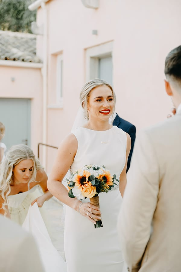 intimate-destination-wedding-corfu-sunflowers-rustic--flair_18