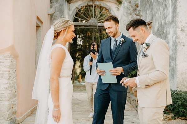 intimate-destination-wedding-corfu-sunflowers-rustic--flair_19