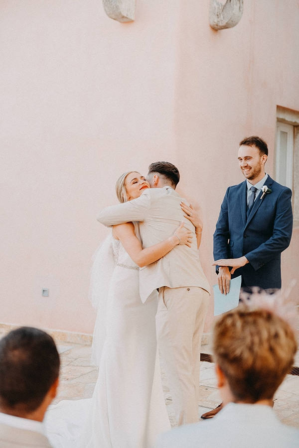 intimate-destination-wedding-corfu-sunflowers-rustic--flair_23