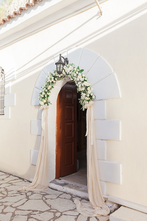 intimate-greek-french-affair-lefkada-romantic-blooms_13