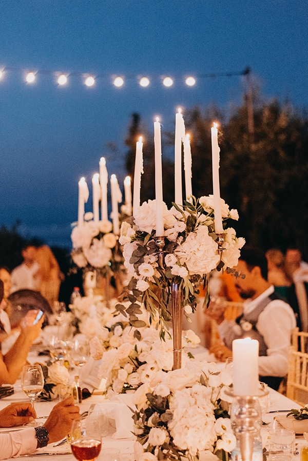 romantic-destinantion-wedding-corfu-roses-hydrangeas-pastel-hues_17x