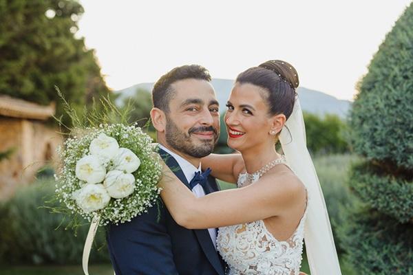 romantic-gardenwedding-athens-peonies-baby-breaths_17