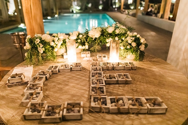 idyllic-wedding-venue-shore-aegean-sea_04